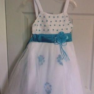 White and Blue Party Dress Size 8-9 NWT